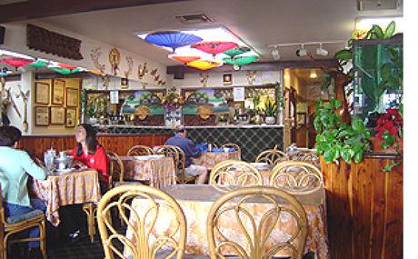 Your Place – Thai Restaurant